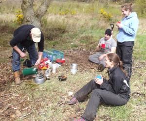 Volunteers drinking tea.